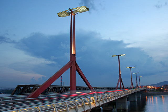The Rakoczi (Lagymanyosi) bridge at the blue hour