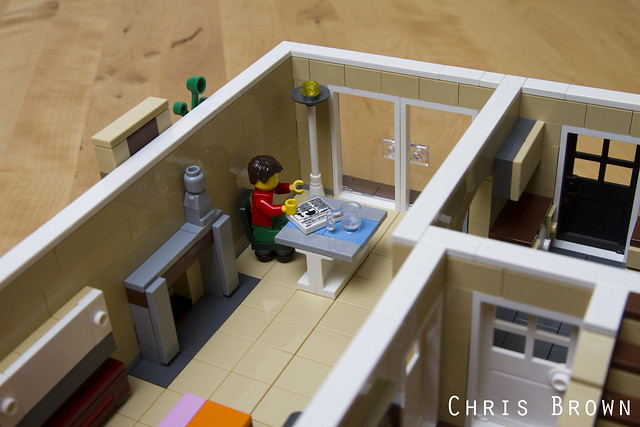 LEGO Bungalow with Dormer