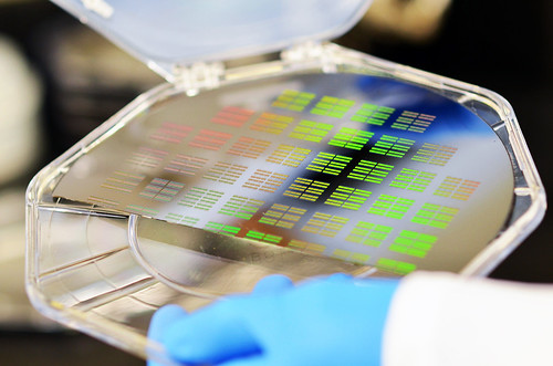 Silicon chip manufacturing