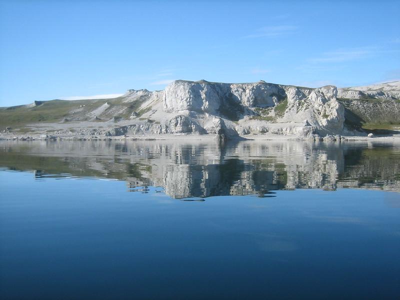 Kayaking around Reinøya 03