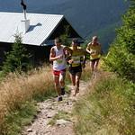 Tomáši Blahovi uniká dvojice běžců, foto: Miroslav Havran