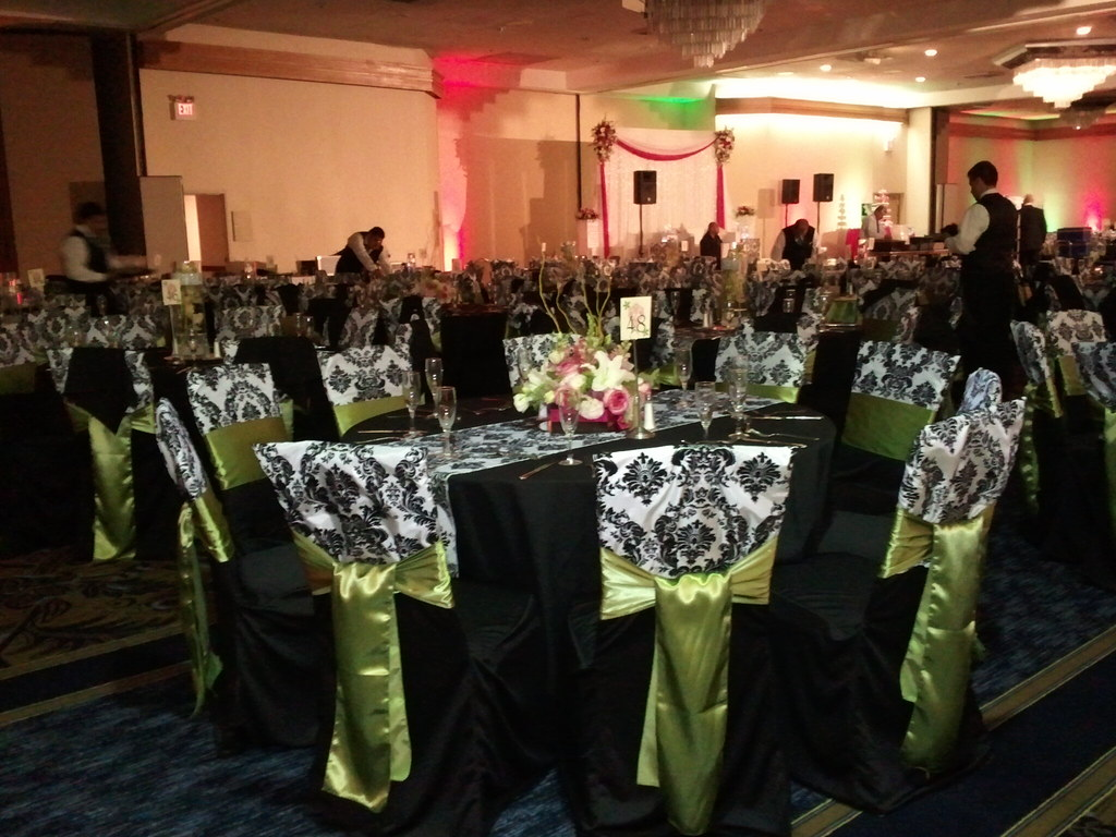 Surprising Wedding Black Chair Covers Black And White Damask Runner Inzonedesignstudio Interior Chair Design Inzonedesignstudiocom
