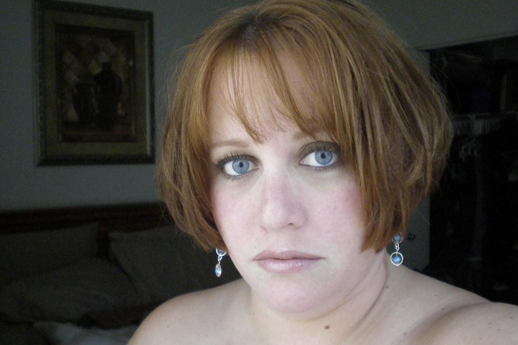 Lisa Collins: Photo 2 of 2