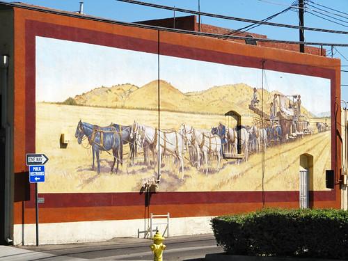 california city vacation horses usa landscape town coach urlaub kutsche exeter stadt landschaft pferde kalifornien ort wandmalerei muralpainting markusrieder mrieder 20110918usa10