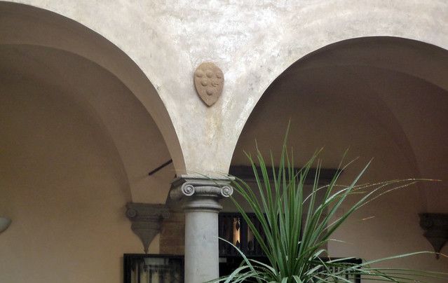 Michelozzo, Small Court or Cloister with Medici Arms, San Marco