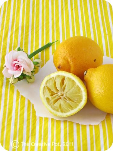 Lemon Poppy Seed Cinnabons d-w | by The Creative Pot