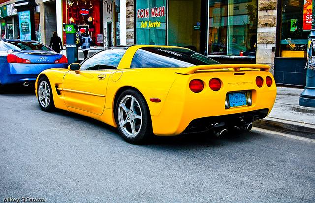 Chevrolet Corvette Yellow - Ottawa 11 11
