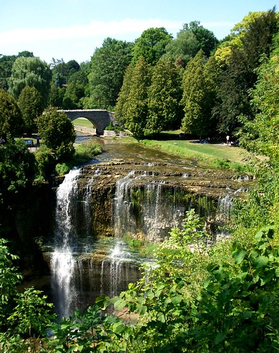 ontario canada waterfall webstersfalls hamiltonontario spencergorge curtainwaterfall