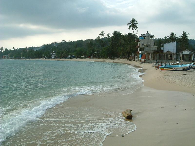 Una Watuna Beach