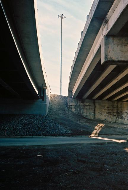 Mille lieux sous l'autoroute