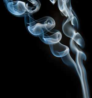 Humo / Smoke | by Anvica