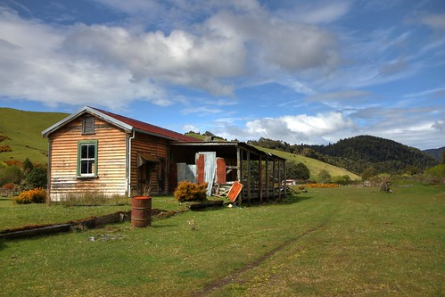 Old railway station, Glenhope, Nelson, New Zealand | by brian nz