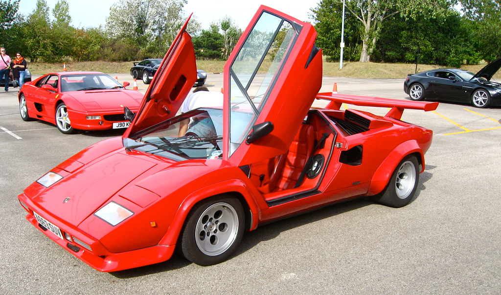 Red Lamborghini Countach With Scissor Doors Open Hethelred Flickr