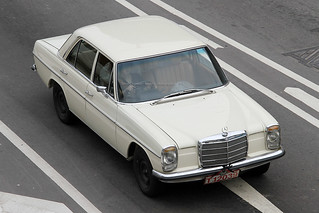 Mercedes, 220, (W115), Kowloon, Hong Kong