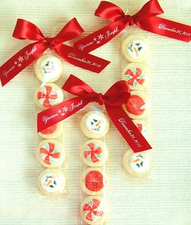 Christmas cookie wedding favors | by Regal Ribbons
