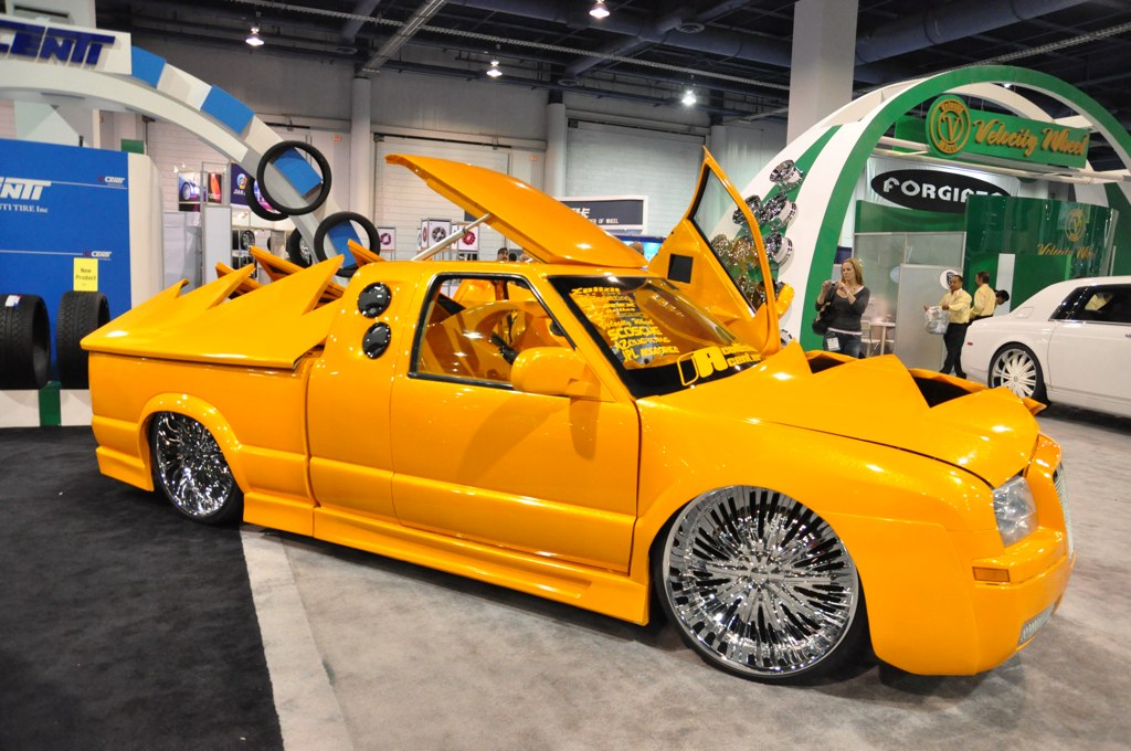 Wildly customized Chevrolet S10 with a Chrysler 300 front