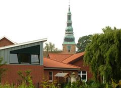 Kindergarten und Kirche