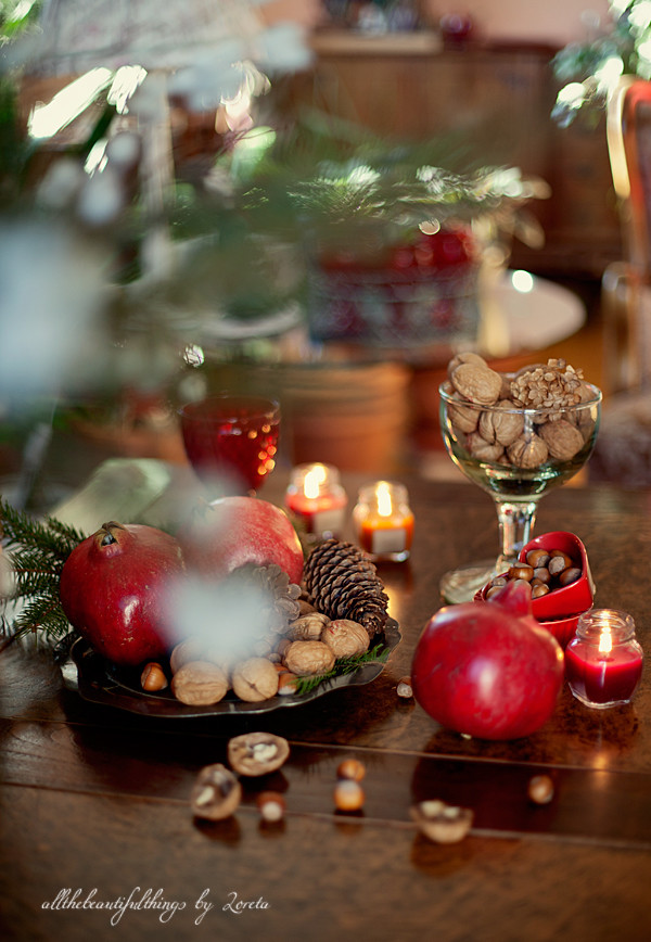 Red Christmas.Red Christmas Allthebeautifulchristmas Blogspot Com
