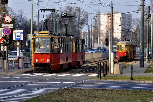 Trams | by y entonces