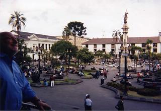 Quito, Ecuador, 1998 (pingnews)