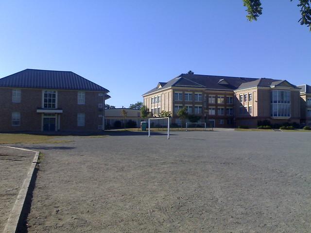 John Norquay Elementary School Seen from Duchess St.