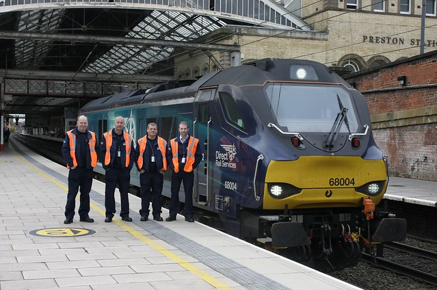 The class of 10/2015 at Preston Station.