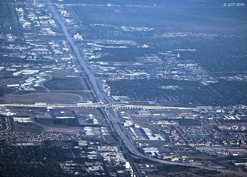 aerial aerialview commercialflight flight grandparkway highway i10 intersection interstatehighways puertovallartatohouston roadsystem texas traffic transport tx99 united vacation viewfromwindow windowseat zeesstof