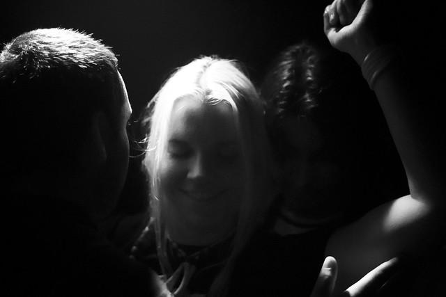 Threesome in the dark