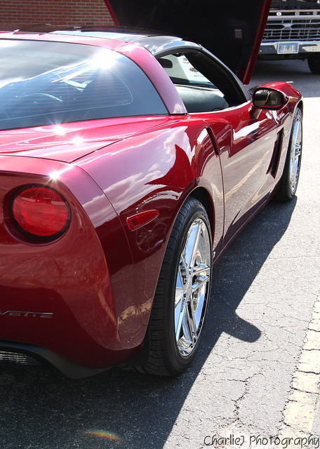 Burgundy Chevy Corvette LS2
