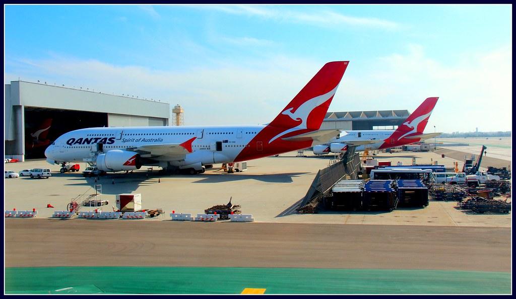 Qantas A 380 stuck in LAX | Los Angeles - California - USA Q