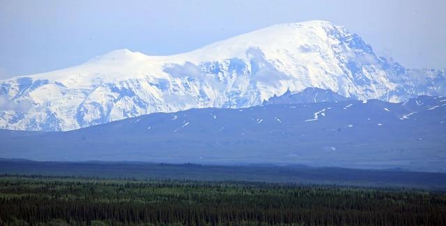 Mountain scenery south of Glenallen, AK