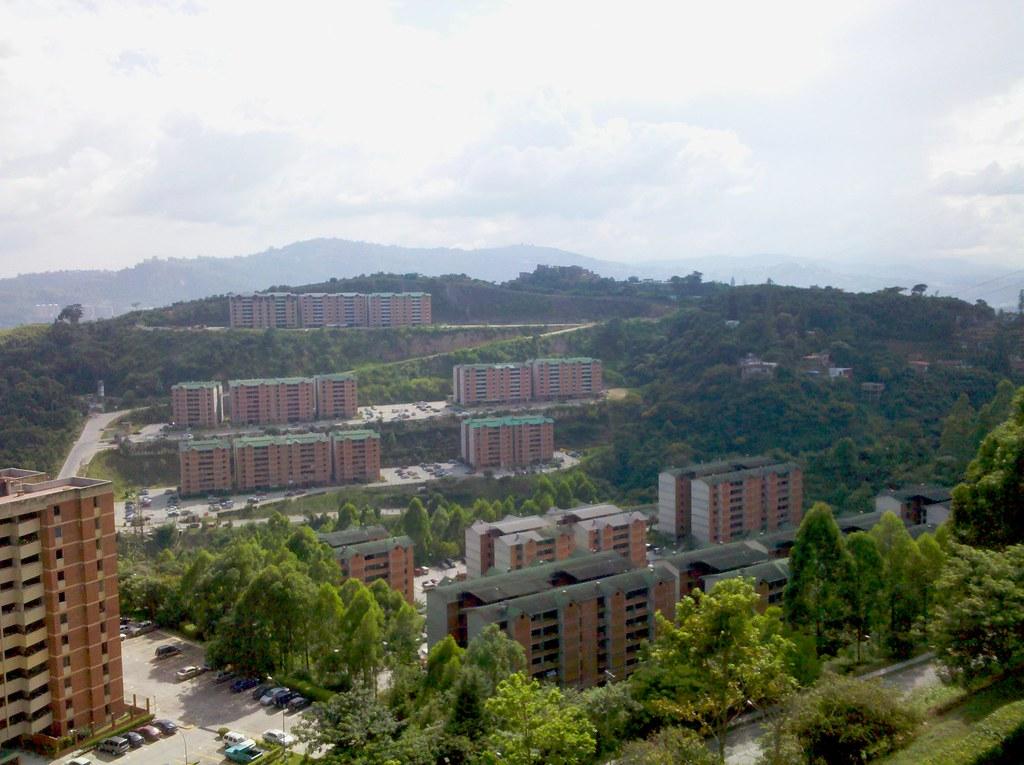 Terrazas De Guaicoco Lugar Place Lieu Mariches Esta