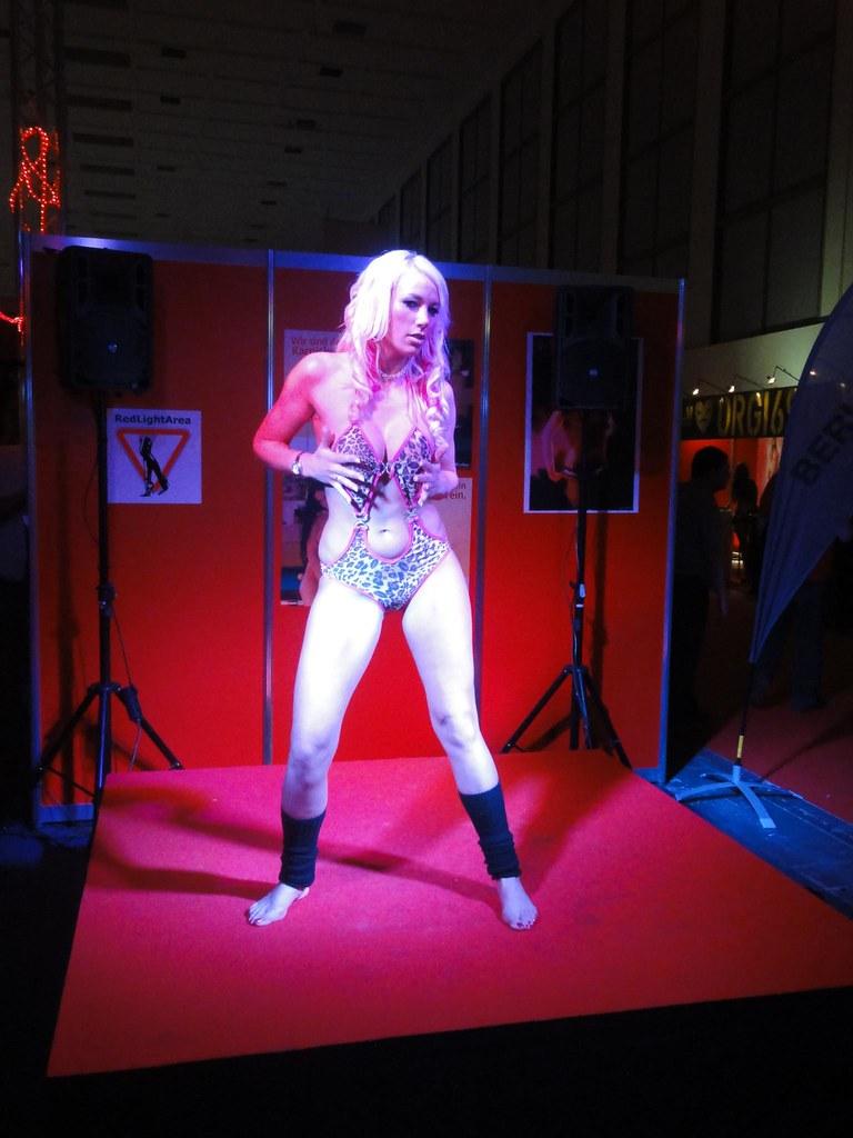 Venus2011-Berlin Intim - Laureen Pink Show_02 | Venus
