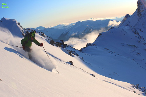 Sun, 2011-11-06 04:53 - Nov 6 2011...Skier Andy Traslin..(8000ft ascended) Cold smoke on the down...Blackcomb area.