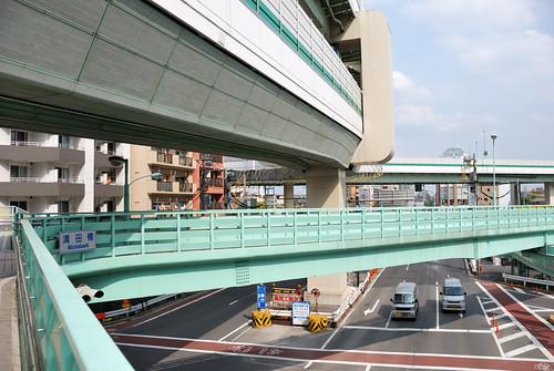 Shutoko C2 and X-shaped Pedestrian Bridge at Muzota-bashi Intersection | by ykanazawa1999