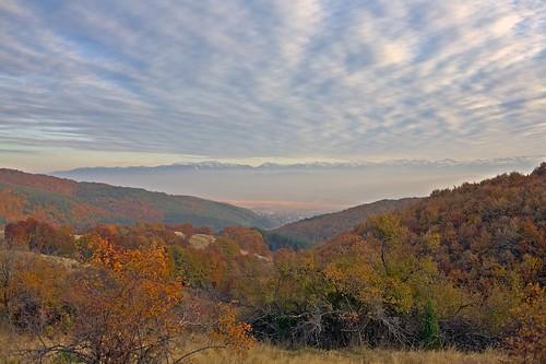 autumn sunset panorama mountain color canon landscape geotagged aperture bulgaria rila canonef35mmf2 есен hdr vitosha планина eos5d българия витоша рила bulgarianseasons ярлово