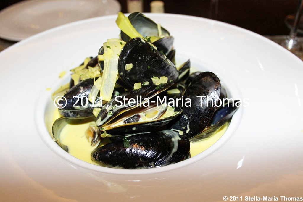 MACAU 2011 - IFT RESTAURANT MUSSELS WITH LEEKS AND CREAM 010