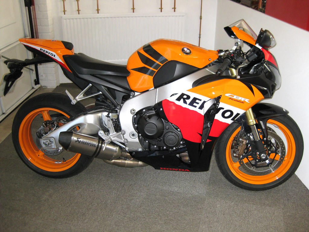 Remarkable 2011 Honda Fireblade Cbr1000Rr C Abs Repsol Edition Flickr Inzonedesignstudio Interior Chair Design Inzonedesignstudiocom