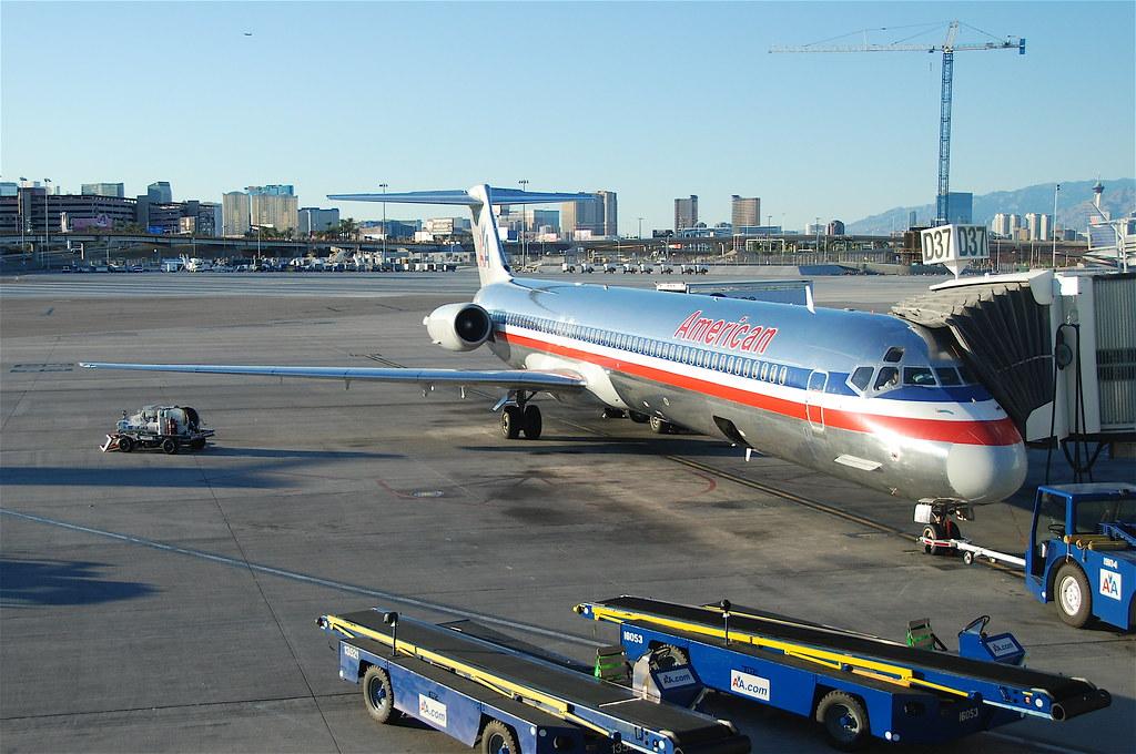 American Airlines Md 82 N497aa Las 09 10 2011 621ev Flickr
