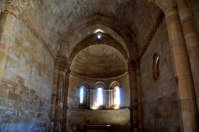 142 - Interior - Ermita Purísima Concepción - San Vicentejo (Condado Treviño - Burgos) - Spain.
