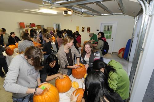 Pumpkin Carving 033