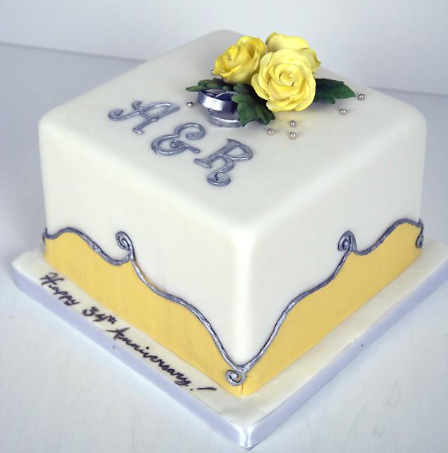 white yellow anniversary cake toronto