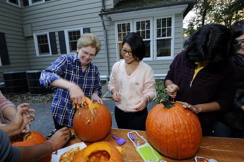 Pumpkin Carving 081