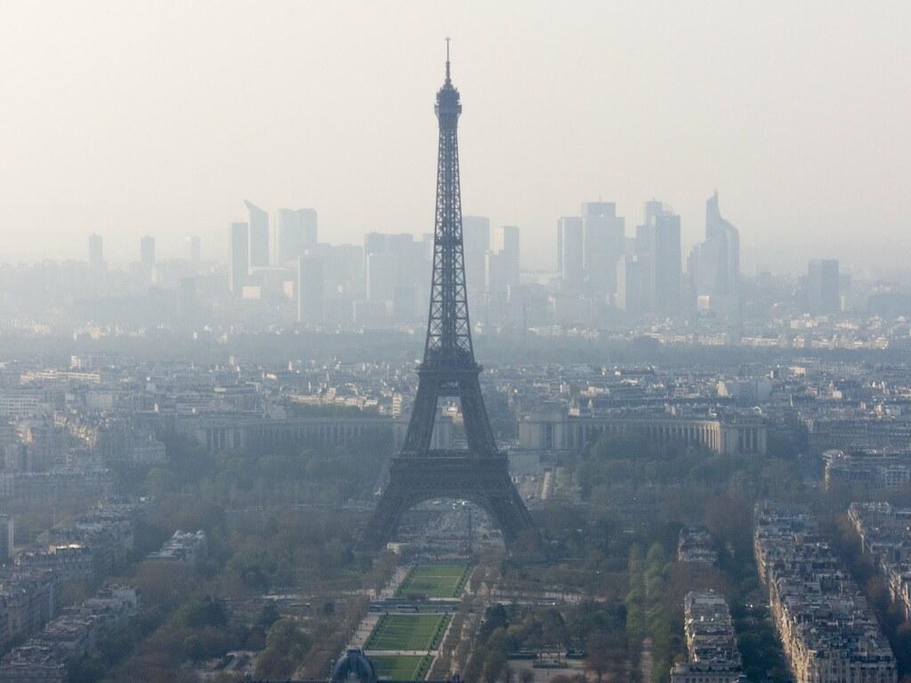 Pollution in Paris | Alberto Hernández | Flickr