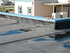 empozamiento de agua en cubierta