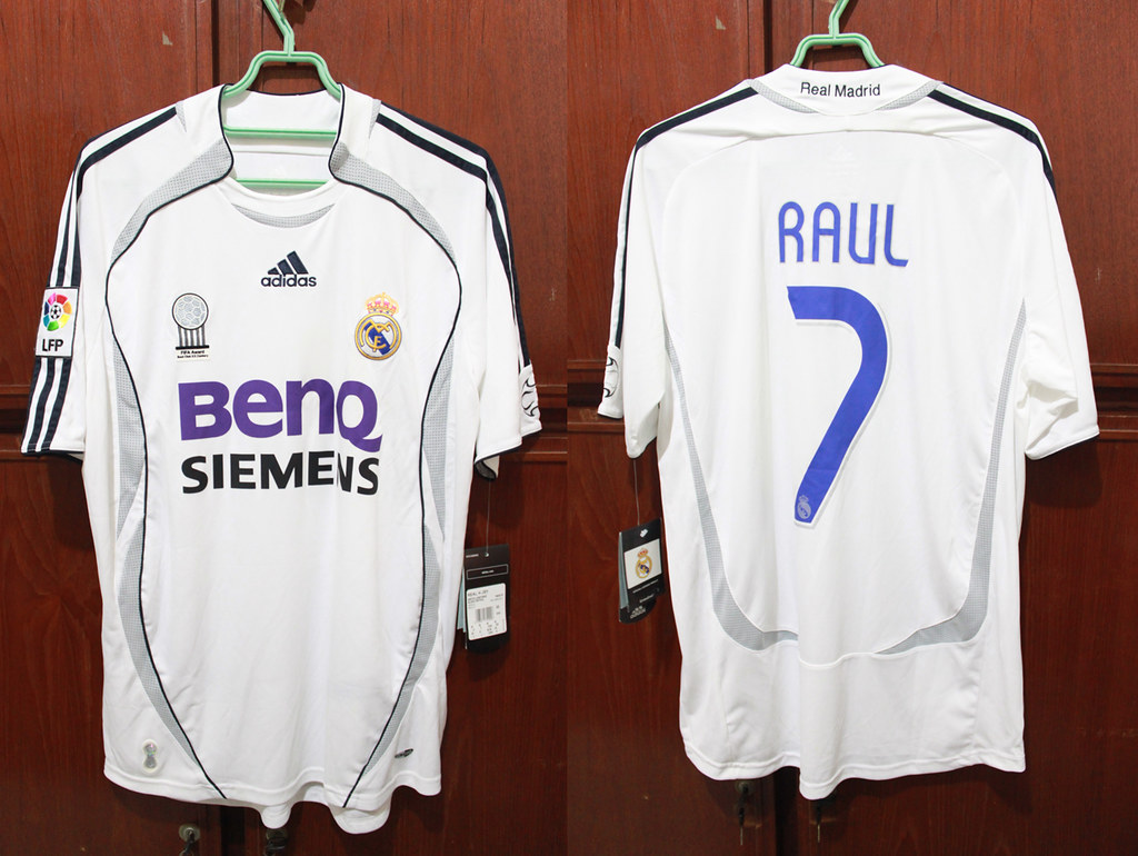 super popular a6bcf e892b Real Madrid Home 06-07 LFP #7 RAUL | Andre Sebastian | Flickr