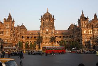 Mumbai, Chhatrapati Shivaji Terminus (Victoria Terminus) | by Arian Zwegers