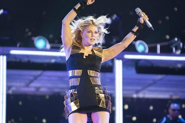 Fergie - Black Eyed Peas Concert