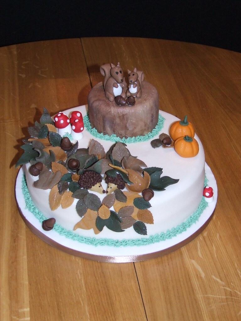 Wondrous Autumn Birthday Cake The Brief Was Autumn For A 4Th Birt Flickr Funny Birthday Cards Online Unhofree Goldxyz