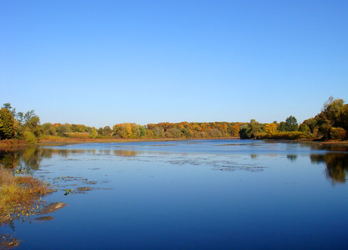 autumn lake fall colors leaves river pond michigan bluesky foliage concord millpond fairweather kalamazooriver